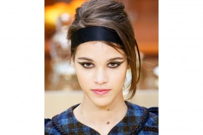 trucco-labbra-ai-15-16-sfilata-Chanel-2