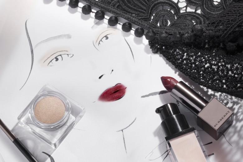 Il beauty look della sfilata Burberry Prorsum Donna PE 2016