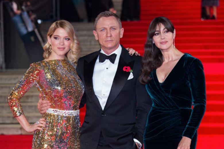 007 Spectre: le star sul red carpet dell'anteprima a Londra
