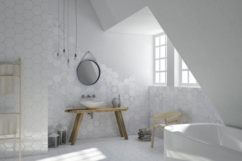 Le piastrelle sono multicolor e patchwork - Piastrelle esagonali bagno ...
