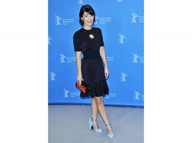Alessandra-Mastronardi-in-Louis-Vuitton_1