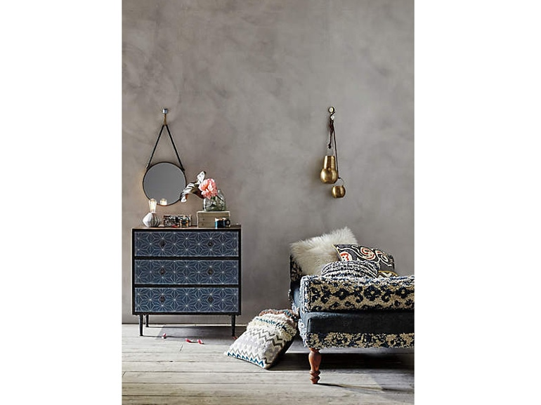 Credenza Gipsy di Urban Outfitters