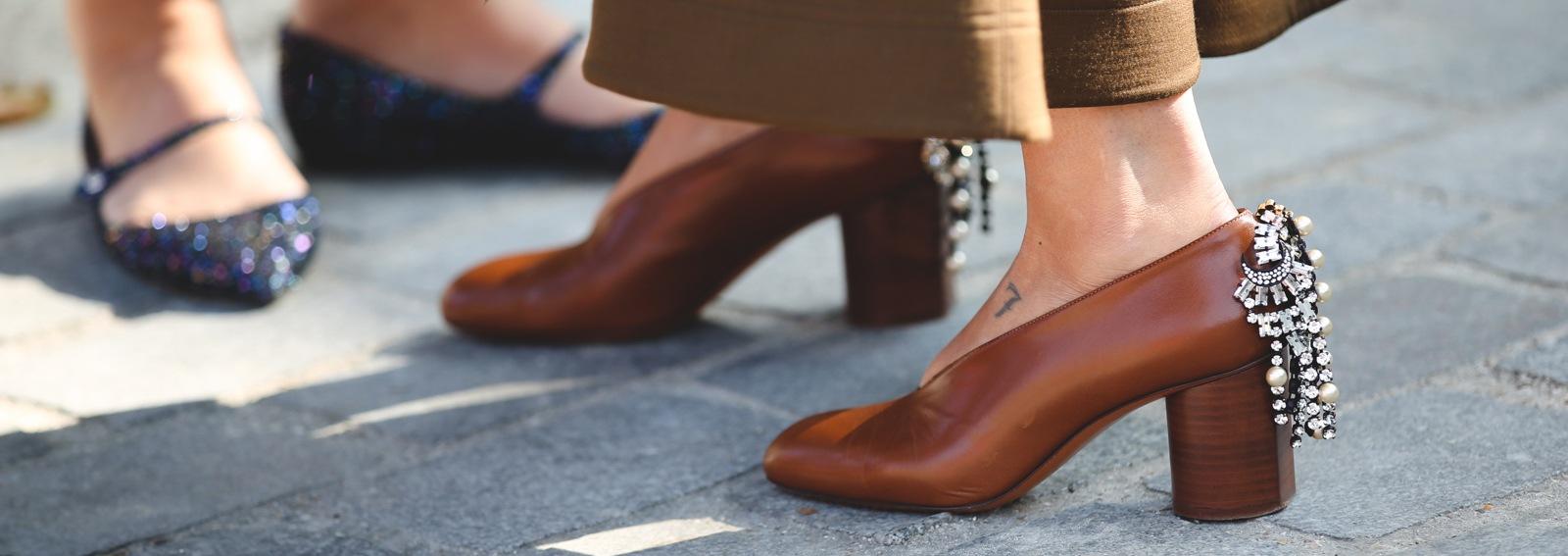DESKTOP_embellished_shoes