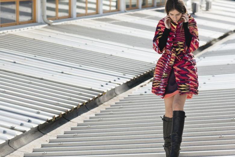 Chiara Capitani indossa il nuovo piumino di M Missoni
