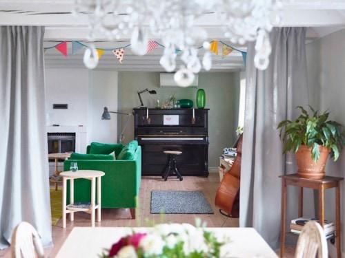 Credenza Ikea Immagini : Ikea propone un pianoforte come credenza foto grazia.it