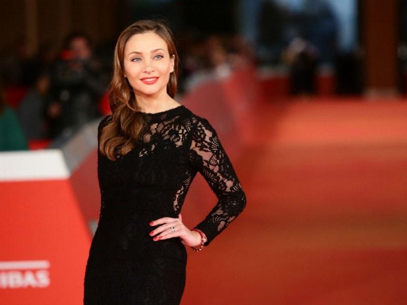 Isabella Orsini miglior abbinamento rossetto nail