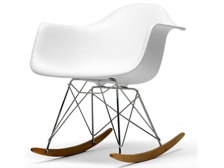 Eames plastic side chair: dove la metti sta bene ! grazia