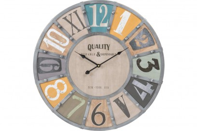 Orologio con rivetti in metallo e legno