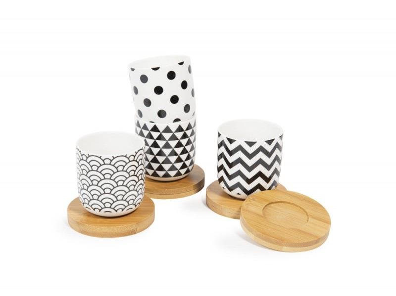 Set 4 tazze e piattini in porcellana