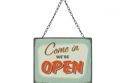 Targa open-closed in metallo
