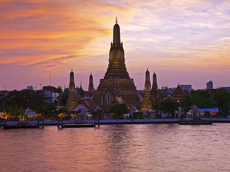 bangkok tempio tramonto