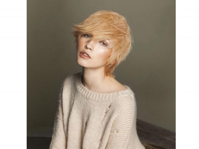 tagli-capelli-medi-autunno-inverno-evis-01
