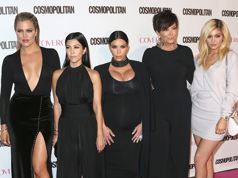 cover famiglia kardashian ieri oggi chirurgia mobile