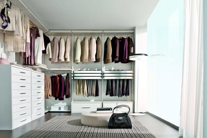 Come realizzare la perfetta cabina armadio - Cabine armadio ad angolo ...