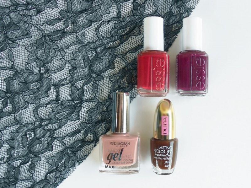 nail-art-halloween-blood-smalti
