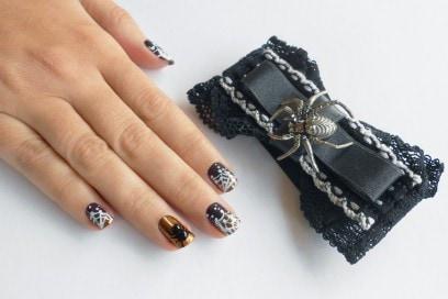 nail-art-halloween-spider