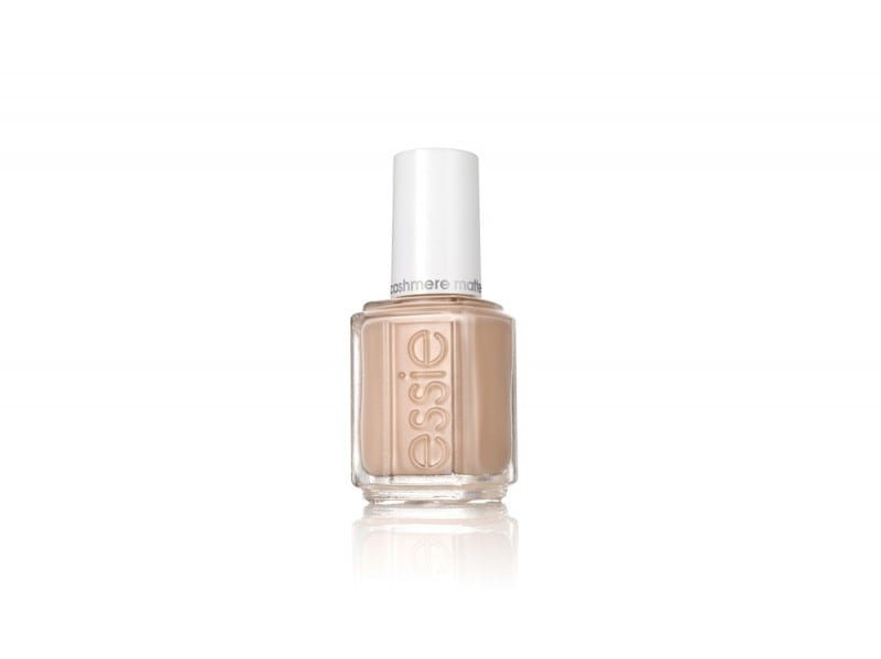 smalti-unghie-colori-autunno-2015-Essie-Cashmere-All-Eyes-On-Nudes