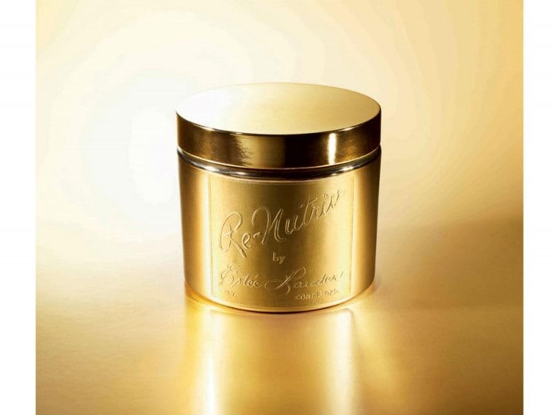 1958-la-signora-Lauder-presenta-per-la-prima-volta-l-originaria-cream-Re-Nutritiv-formata-da-26-ingredienti-purissimi-e-preziosi