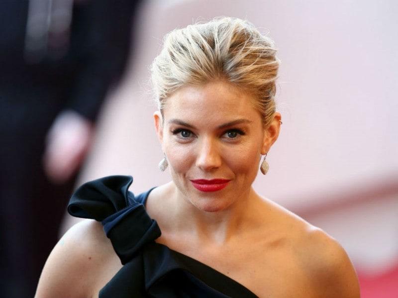 Cannes-2015-trucco-e-capelli-Sienna-Miller1