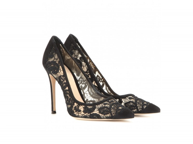 GIANVITO-ROSSI-Macramé-lace-and-suede-pumps_mytheresa