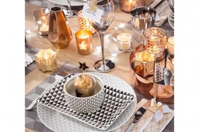 La tavola del Natale geometrico
