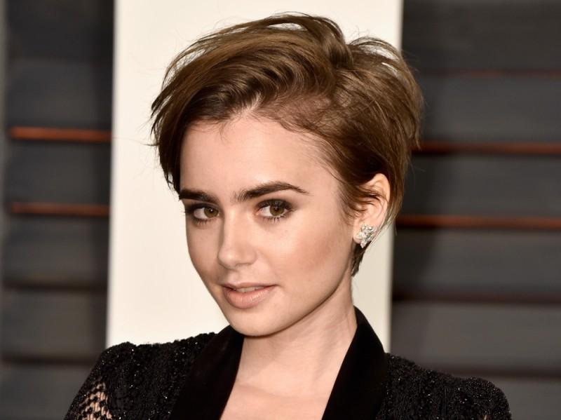 Lily-collins-capelli-corti