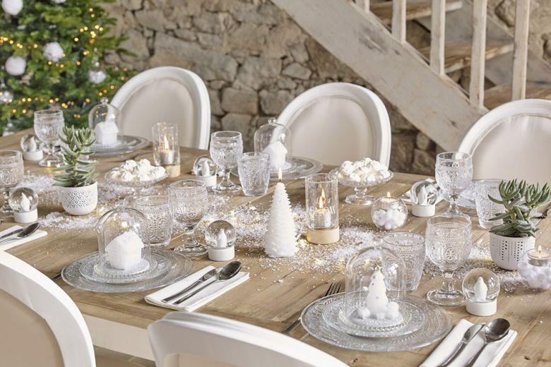 Bianco Natale: decorazioni total white per le feste
