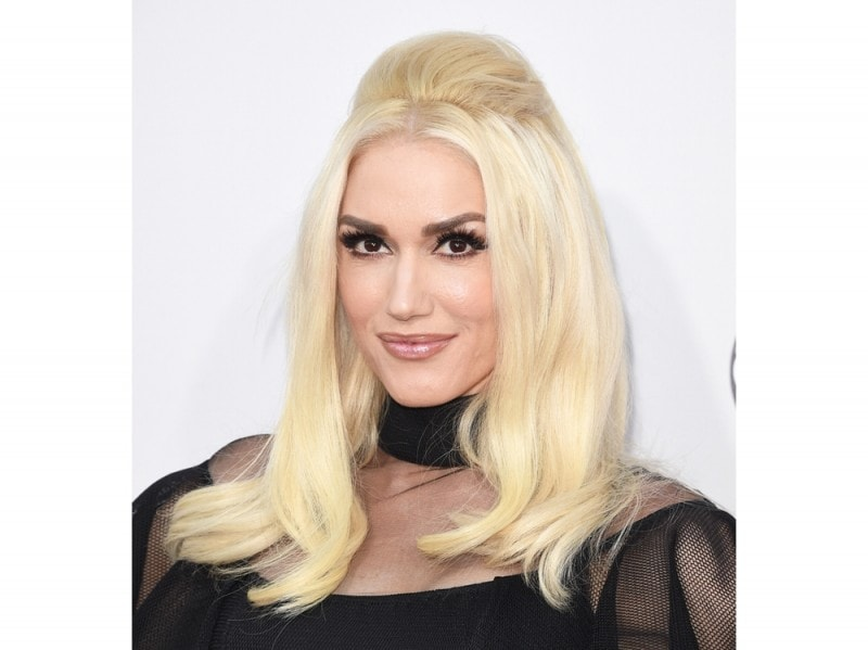 gwen-stefani-american-music-awards-2015