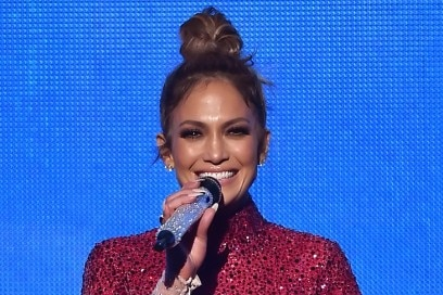 jennifer-lopez-american-music-awards-2015-01