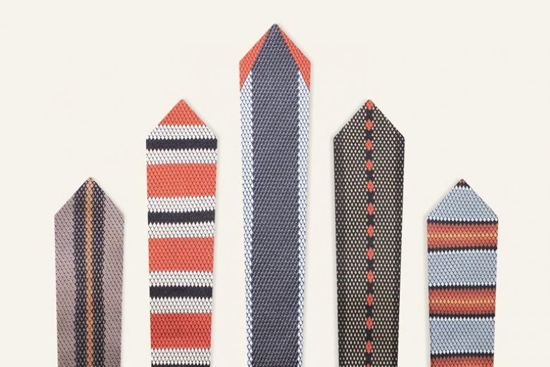 Cravatte Corfidio: la muta della seta