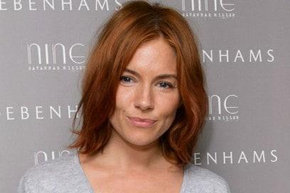 sienna-miller-capelli-rossidesk