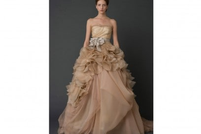 sposa-vera-wangl-Hayley-Front-View