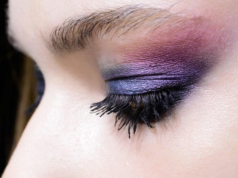 trucco-occhi-smokey-eyes-sfilata-Monique-Lhuillier