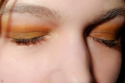 trucco-occhi-smokey-eyes-sfilata-Uma-Wang
