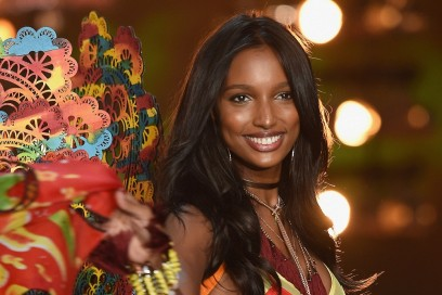 2015 Victoria's Secret Fashion Show – Show