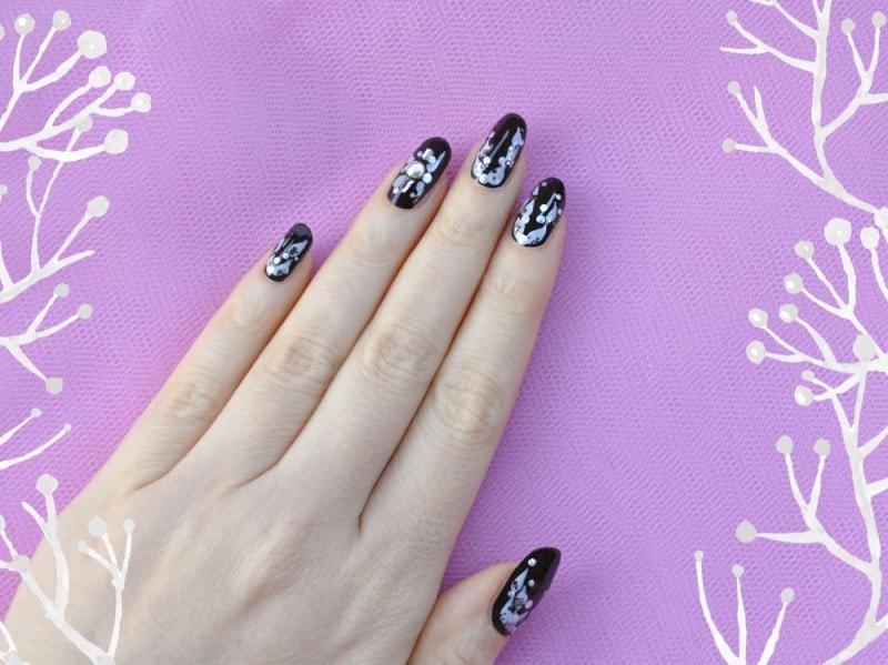 winter-fruits-nail-art