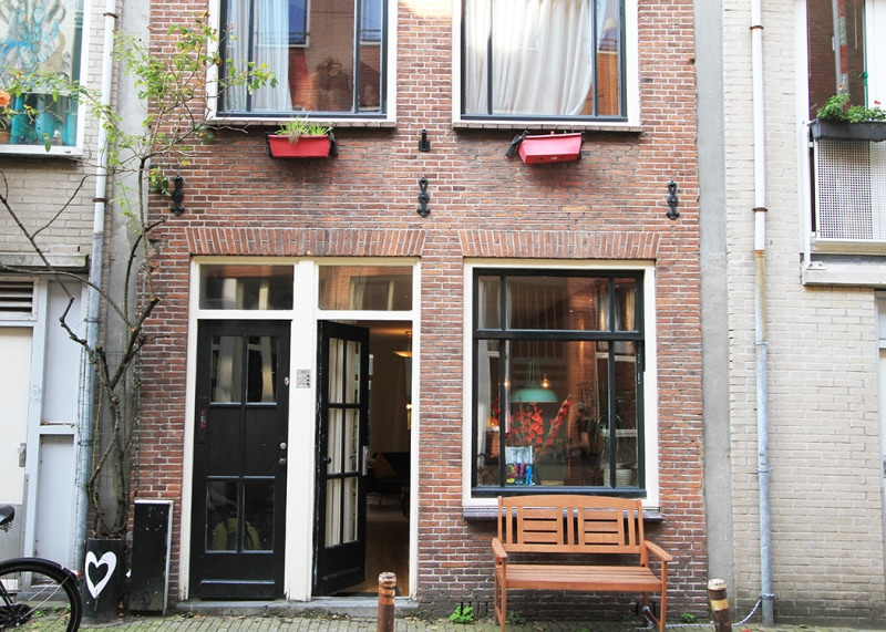 Amsterdam Airbnb: Luxurious spacious suite Jordaan