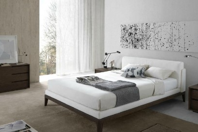 Double bed / contemporary / by Ferruccio Laviani / upholstered
