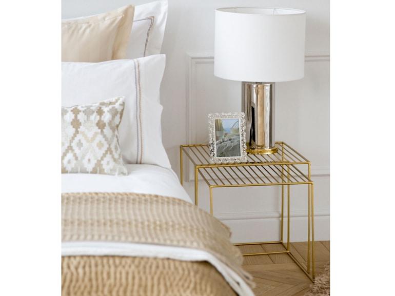 Dettagli dorati nella camera di Zara Home