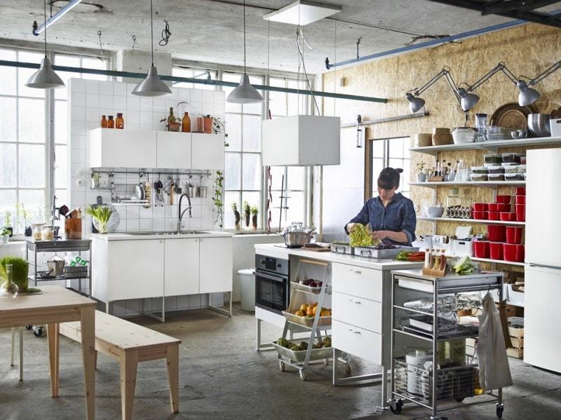 La cucina METOD:VEDDINGE in un'altra configurazione