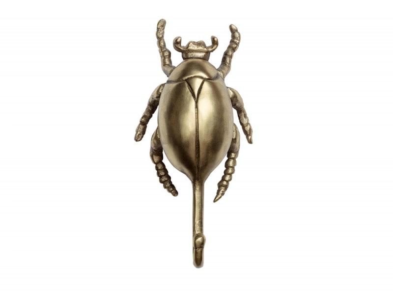 L'appendino è uno scarabeo dorato