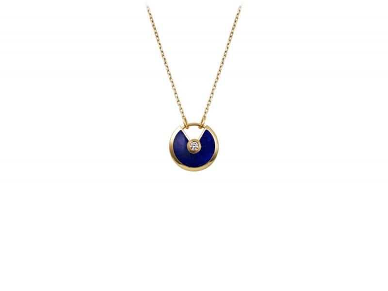 amulette_cartier_necklaces_0