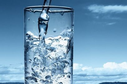 Perché seguire la dieta dell'acqua (che fanno le star)