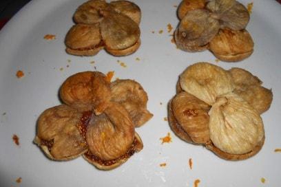 fichi-chini-dolci-calabresi-tipici-Natale-fichi-ripieni
