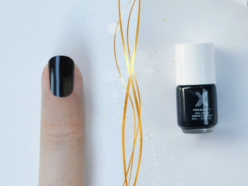 la-nail-art-di-capodanno-di-nonsolokawaii-accent-nail-step-1