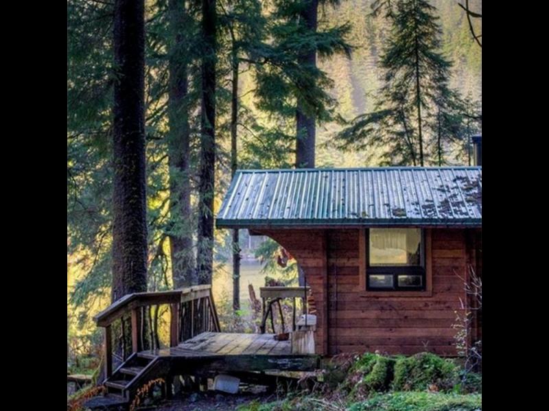 @my_dream_cabin – quiet