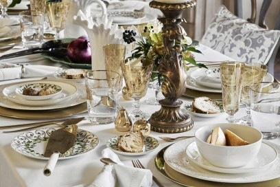 I dettagli della tavola Versailles