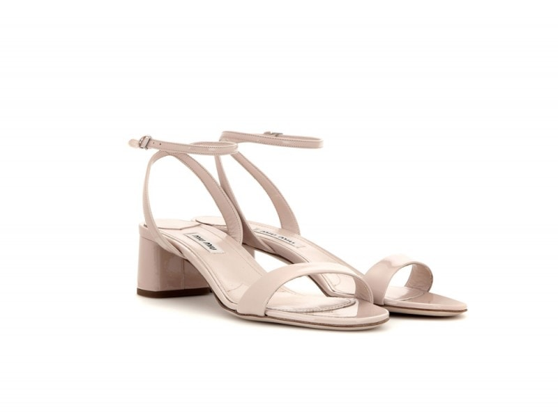 MIU-MIU-Patent-leather-sandals_mytheresa