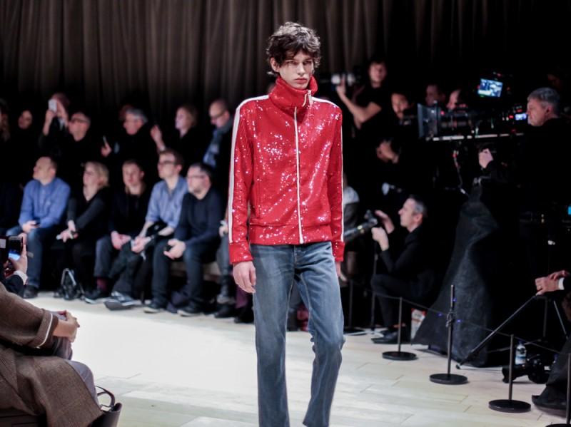 Sportwear-con-tocco-glam-da-Burberry-LCM-AW16-(6-di-6)