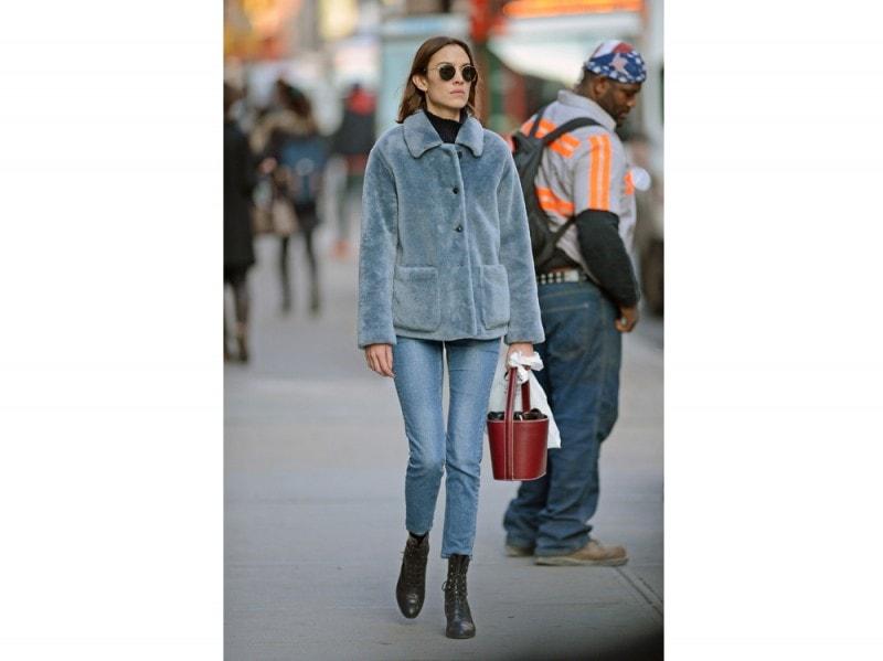 alexa-chung-jeans